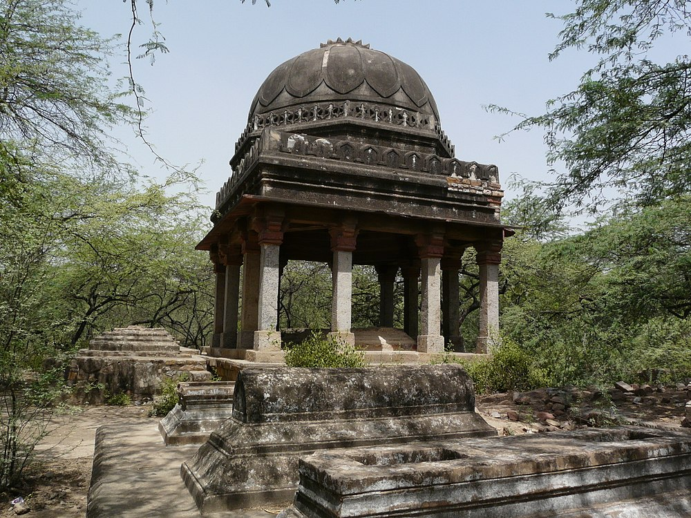 Tips for Visiting Mehrauli Archaeological Park